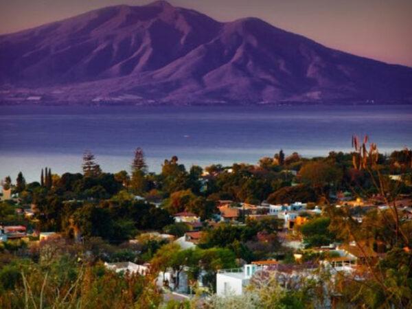 ▷ AJIJIC JALISCO MEXICO Pueblo Magico 【 Where is Ajijic? 】