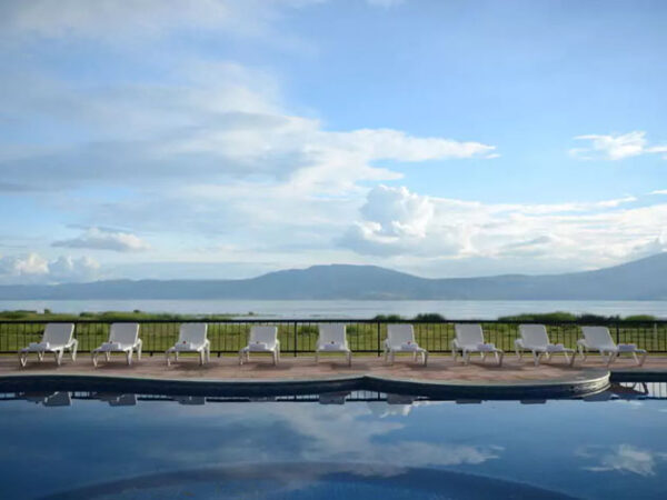 Retire in Lake Chapala Mexico